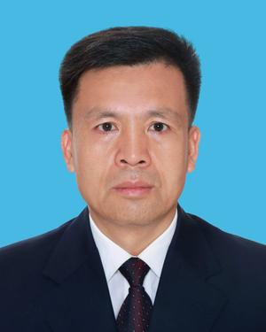 政协副主席、党组成员:张加春